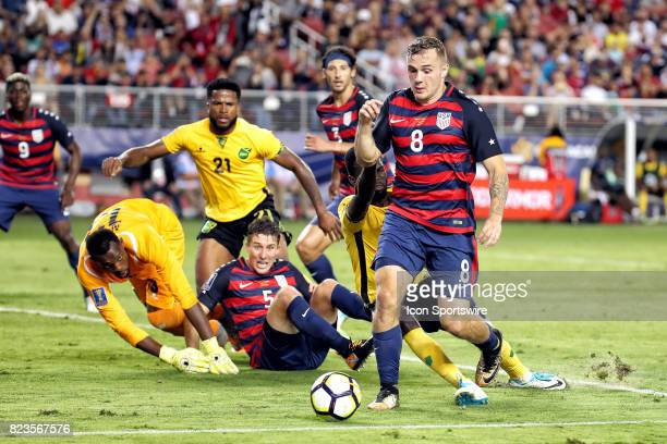 United States forward Jordan Morris controls a loose ball in the box during the CONCACAF Gold Cup Final match between the United States v Jamaica at...