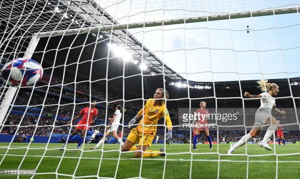 TOPSHOT United States' goalkeeper Alyssa Naeher concedes a goal during the France 2019 Women's World Cup semifinal football match between England and...
