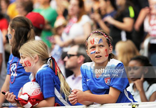 United States of America fans sing the National Anthem before the FIFA Women's World Cup Canada 2015 Group D match between USA and Australia at...
