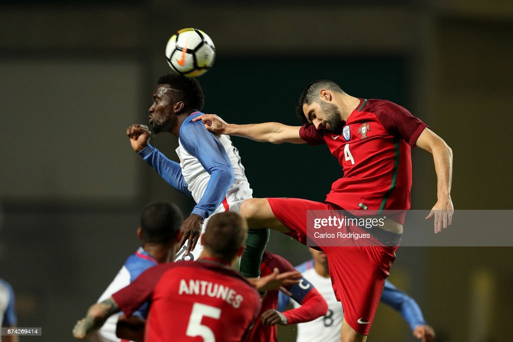United States of America forward CJ Sapong heads the ball during the match between Portugal and United States of America International Friendly at Estadio Municipal de Leiria, on November 14, 2017 in Leiria, Portugal.