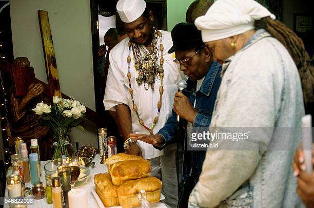 USA United States of America North Carolina Raleigh The Voodoo priest Papa Joe during the ceremony Blessing of the Table