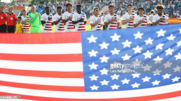 United States players line up prior to the 2019 FIFA U20 World Cup Round of 16 match between France and USA at Bydgoszcz Stadium on June 04 2019 in...