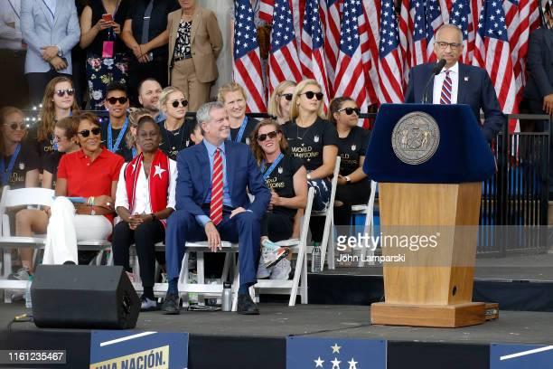 United States Soccer Federation president Carlos Cordeiro Mayor Bill de Blasio Chirlane McCray and Robin Roberts celebrate US Women's National Soccer...