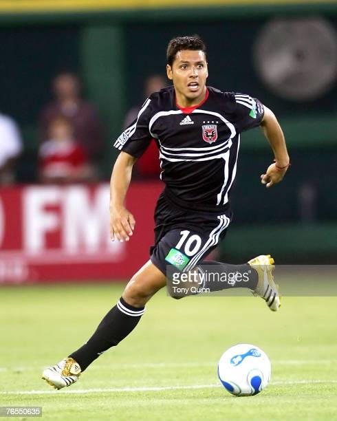 DC United's Christian Gomez charges into the attack in an MLS contest between the two top teams in MLS East Kansas City Wizards and DC United at RFK...