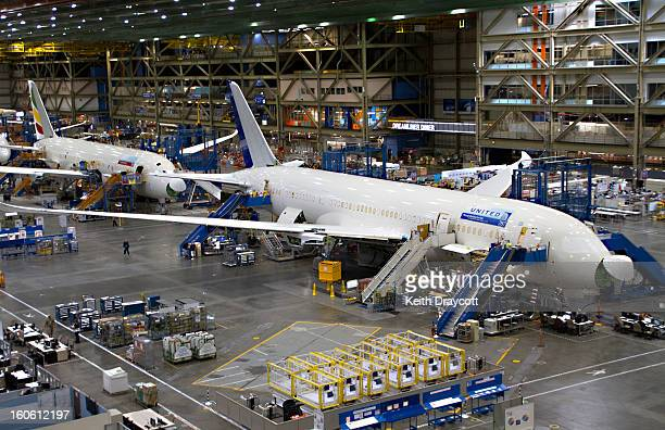 CONTENT] United's first 787 Dreamliner on the production line at Everett Washington