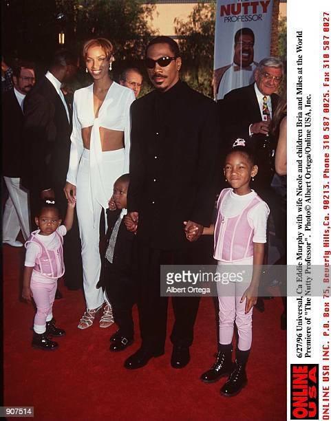 Universal City Ca Eddie Murphy with wife Nicole and children Bria and Miles arrives at the World Premiere of his new movie The Nutty Professor