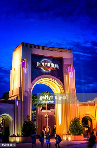 universal studios florida - entrance sign stock pictures, royalty-free photos & images