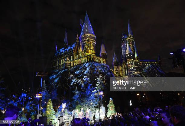Harry Potter Christmas Wallpaper Hd.World S Best Christmas In The Wizarding World Of Harry