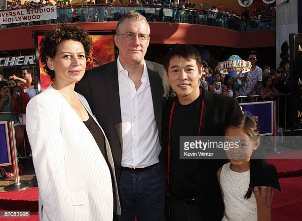 Universal's Donna Langley David Langley and actor Jet Li with his daughter Jane pose at the premiere of Universal Picture's The Mummy Tomb of the...