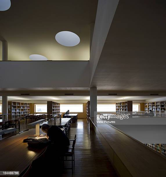 University Library Biblioteca UniversitaRia Alvaro Siza Aveiro Portugal Interior View With Researching Students Alvaro Siza Portugal Architect