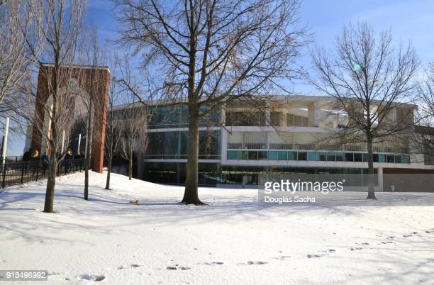 university of akron college campus, akron, ohio, usa - quaker oats stock pictures, royalty-free photos & images