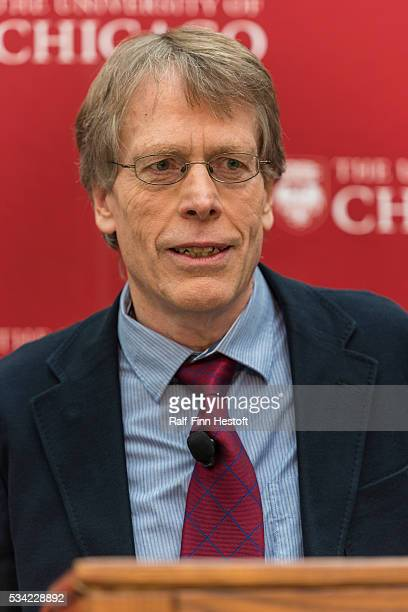 University of Chicago professors Lars Peter Hansen, one of three recipiants of the 2013 Nobel Prize in Economics speaks at a news conference at the...
