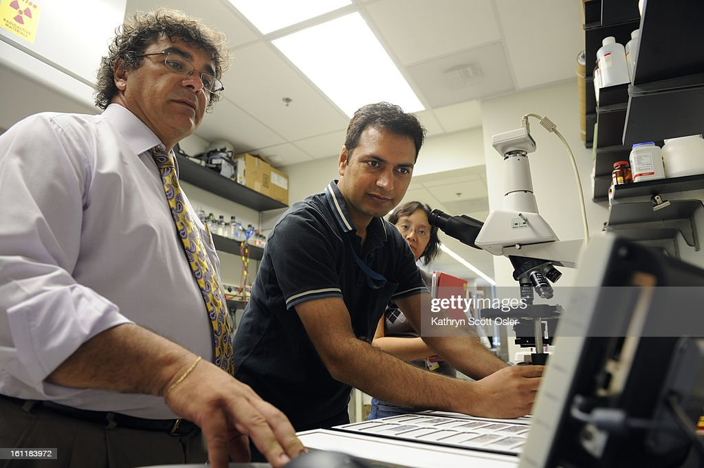 A University of Colorado research team headed up by Dr. Vasilis Vasiliou, professor of Toxicology and Pharmacogenetics, has discovered a new colon cancer marker that could eliminate the need for a colonoscopy. In their lab at the university, Vasiliou and  : News Photo