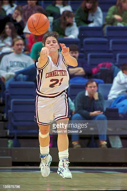 University of Connecticut's star guard Jennifer Rizzotti passes the ball up court during a fast break, Storrs CT 1995.