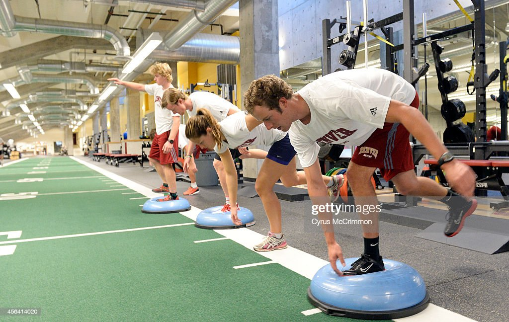 University of Denver nordic ski team does a core training session in the Pat Bowlen Training Center on the DU campus : News Photo