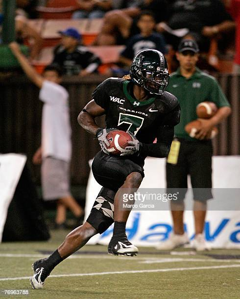 University of Hawaii Warriors WR Davone Bess runs in a touchdown during their game against the Charleston Southern Buccaneers at Aloha Stadium...