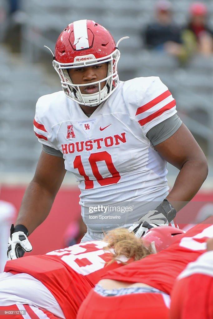 huge discount e0f4e f9482 University of Houston Cougars defensive tackle Ed Oliver ...