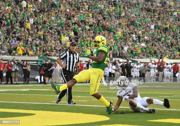 University of Oregon RB Kani Benoit scores a touchdown during an NCAA football game between the Southern Utah Thunderbirds and Oregon Ducks on...