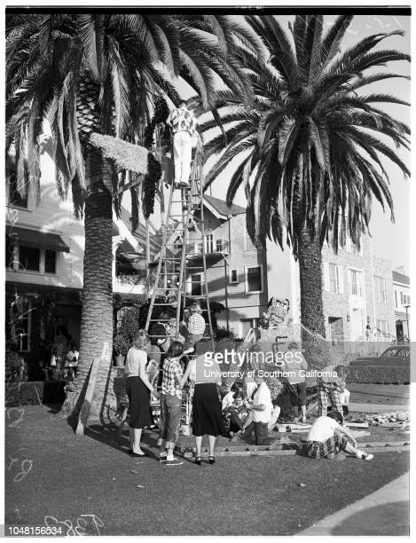 University of Southern California homecoming float decorated 6 November 1951 Theme of Decoration 'Relive the Story of Fame and Glory' Margie...