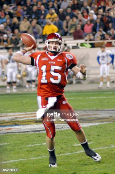 University of Utah's quarterback Brett Ratliff in action against Universtiy of Tulsa during the Armed Forces Bowl played at Amon Carter Stadium in Ft...