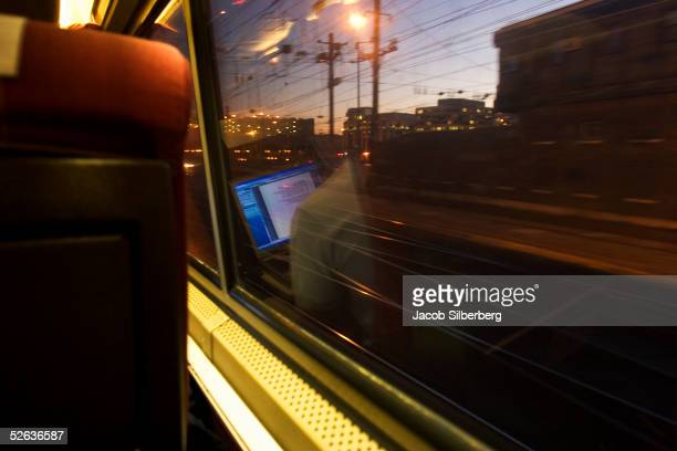 University of Virginia student returning from spring break uses his laptop onboard Amtrak train 19 from New York to New Orleans on March 14 2005 in...