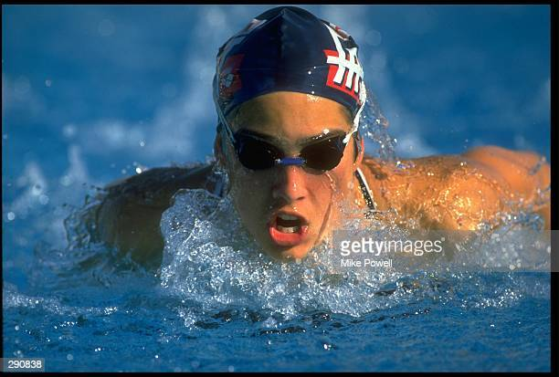 Janet Evans of the USA swimming. Mandatory credit: Mike Powell/Allsport