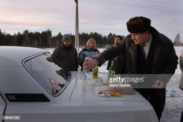 unknown-ukrainian-man-in-sheepskin-coat-
