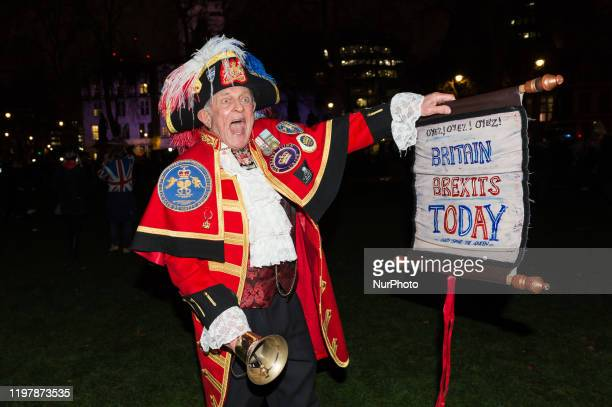 'Unofficial' town crier Tony Appleton joins thousands of pro-Brexit supporters taking part in a rally celebrating Britain's departure from the EU in...
