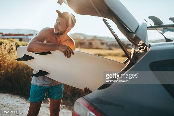 Unpack surfboards, and go!!!