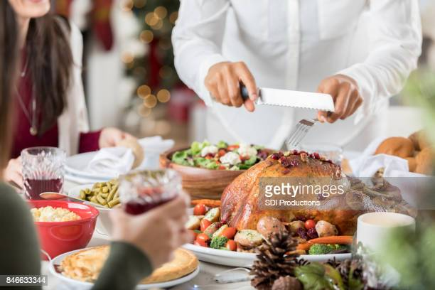 Onherkenbaar kerst diner gastvrouw kerft Turkije