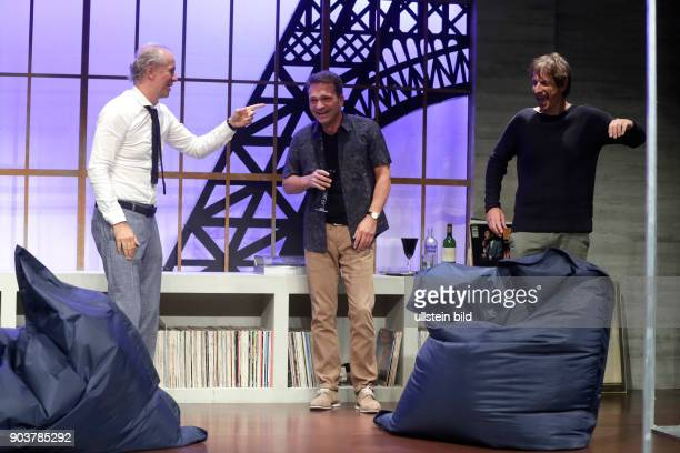 'unsere frauen' Komödie von Eric Assous gastiert vom 25 August bis 06 November im Theater am Dom in Köln Ingolf Lück Jochen Horst und Mathias...