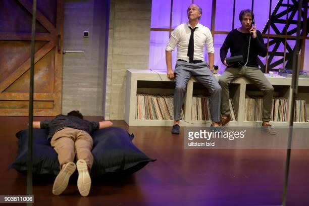 """""""unsere frauen"""" - Komödie von Eric Assous gastiert vom 25. August bis 06. November im Theater am Dom in Köln. Darsteller: Ingolf Lück, Jochen Horst..."""