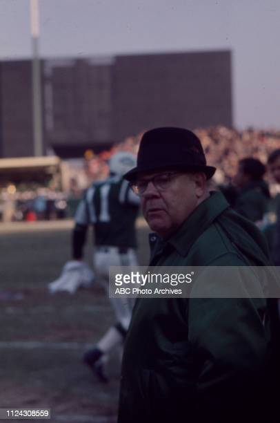 Coach Weeb Ewbank at New York Jets gameplay