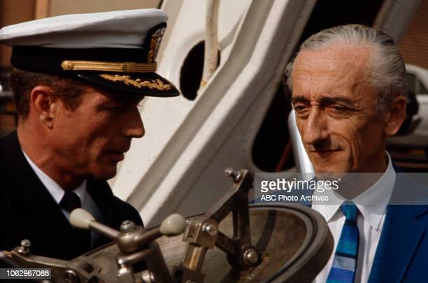Commander Scott Carpenter JacquesYves Cousteau on 'The Undersea World of Jacques Cousteau'