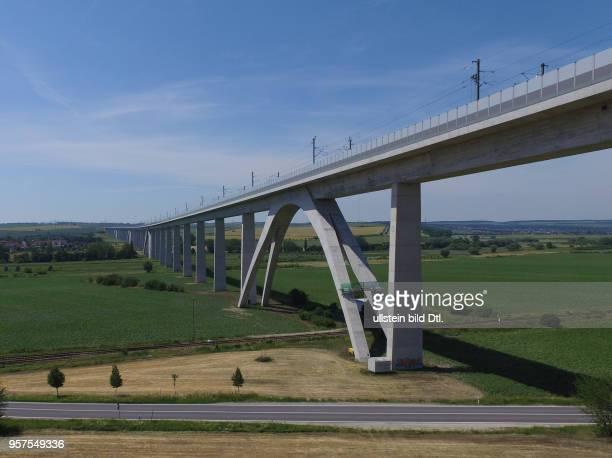 Unstruttalbrücke Unstruttal ICEBrücke Eisenbahnbrücke bei Karsdorf im Burgenlandkreis Sachsen Anhalt Deutsche Bahn Luftaufnahme Drohnenaufnahme...
