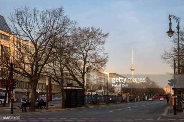 unter den linden - berlin-mitte, germany - stadtsilhouette stock pictures, royalty-free photos & images