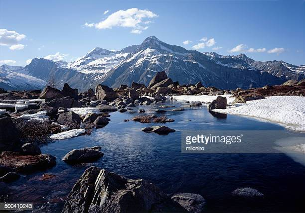 unter surettasee, teurihorn - miloniro stock pictures, royalty-free photos & images