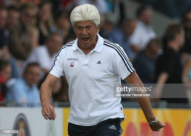 Unterhachings head coach Werner Lorant reacts during the German Football Association Cup first round match between SpVgg Unterhaching and Hertha BSC...