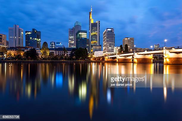 Untermainbrücke, River Main, Frankfurt, Hessen, Germany