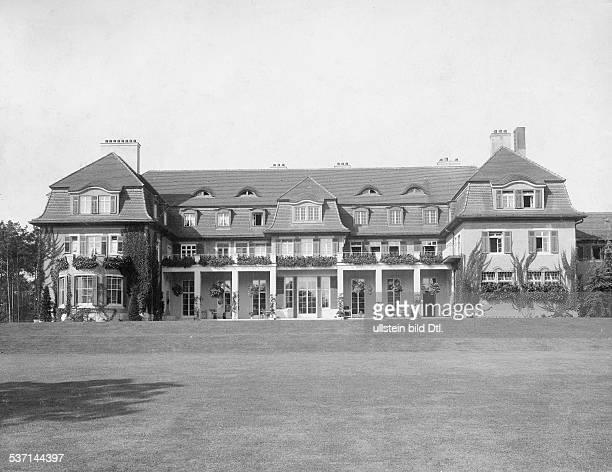 1872 1941 Unternehmer Grossindustrieller D Heinenhof Potsdam Neu Fahrland Landsitz Carl Friedrich von Siemens Aussenansicht Gartenseite 1912 Foto R...