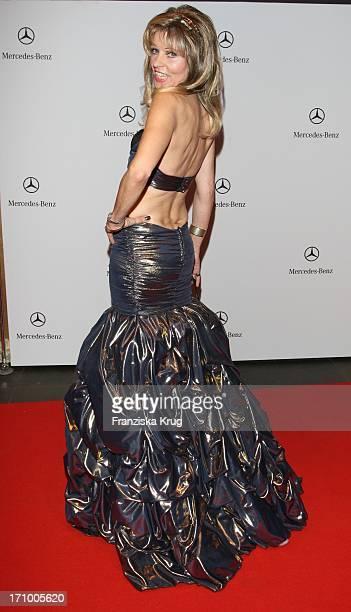 Unternehmerin Gisela Muth Bei Der 15. Festlichen Operngala Für Die Aids Stiftung In Der Deutschen Oper In Berlin Am 081108
