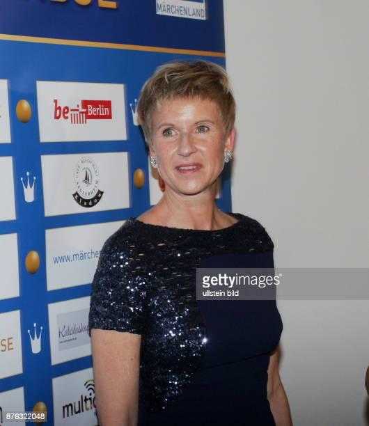 Unternehmerin Susanne Klatten aufgenommen bei der Verleihung vom Preis Goldene Erbse im Hotel Adlon in Berlin Mitte Der Preis wird Persönlichkeiten...