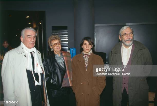 Unveiling of a plaque in tribute to C Collard at UGC Danton in Paris From left to right Claude Collard Janine Collard Sylvie Pialat Maurice Pialat