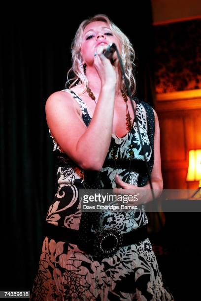 Up and coming singer/songwriter Jenny Lynn Smith performs on stage at the Regal Room on May 30 2007 in London England