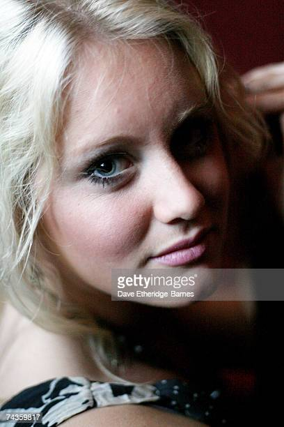 Up and coming singer/songwriter Jenny Lynn Smith poses for a portrait backstage at the Regal Room on May 30 2007 in London England