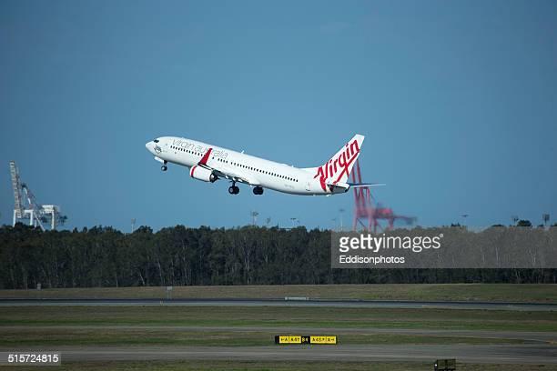 アップの追求には、ヴァージン航空 - ヴァージングループ ストックフォトと画像