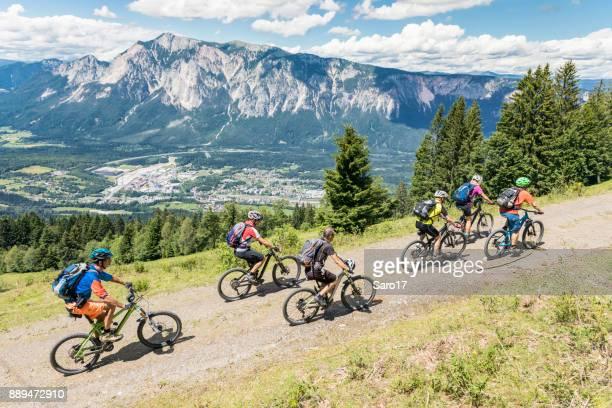Bergauf Mountainbiking am Dreiländereck, Carinthia.