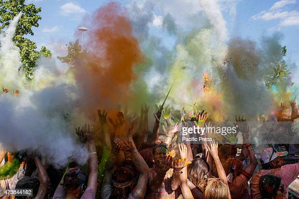 Upon color blust at the second edition of 'Color Run'