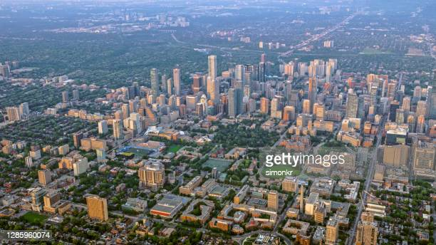 upper jarvis and cabbagetown in toronto - place of worship stock pictures, royalty-free photos & images