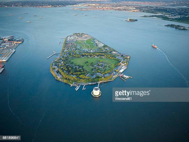 usa, upper new york city, aerial photograph of governors island, lower manhattan - governors island stock pictures, royalty-free photos & images